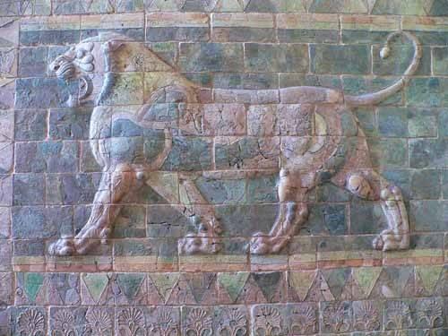 cuadros de fotografia - Cuadro -Friso de un león del palacio de Darius I- - _Anónimo Persa